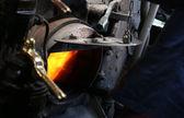 Carbone combustione all'interno di un treno tradizionale flusso — Foto Stock