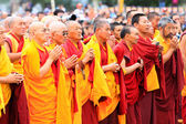LEH, INDIA - AUGUST 5, 2012: Unidentified buddhist monks and lam — Stock Photo