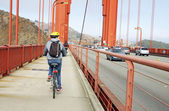 Tourist Cyclist in the Golden Gate — Stock Photo