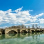 Buriano's bridge — Stock Photo