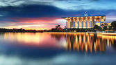 Dramatic sunset view at Iron Mosque, Putrajaya, Malaysia — Stock Photo
