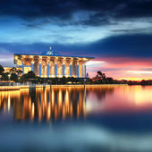 Dramatic sunset view at Iron Mosque, Putrajaya — Stock Photo