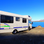 Campervan at Lake Pukaki, New Zealand — Stock Photo