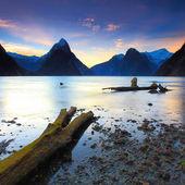 Beautiful sunset view at Milford Sound, New Zealand — Stockfoto