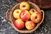 Wicker Basket of Ripe Apples — Photo