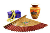 Chinese fan, vase and a casket with beads — Stock Photo