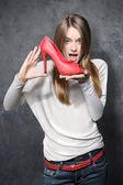 девушка с красные туфли — Стоковое фото