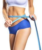 Femme, mesurer son tour de taille. corps mince parfait. régime alimentaire — Photo