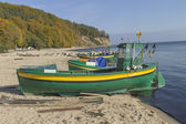 Rybářský člun na moři — Stock fotografie