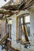Vernietigde venster — Stockfoto