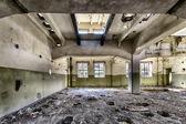 倉庫を破壊 — ストック写真