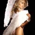 hermoso ángel rubio desnuda mirando a cámara — Foto de Stock