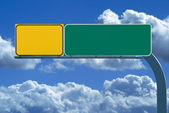 Blank freeway sign on cloudy day — Stock Photo
