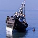 Native Indian fishing boat — Stock Photo