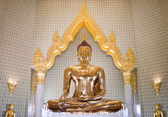 Golden Buddha made of solid gold — Stockfoto