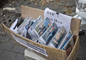 Illegal movie selling on street — Stock Photo