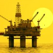 Oil platform on sea. - Stockfoto