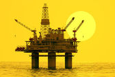Plataforma de petróleo no mar. — Foto Stock