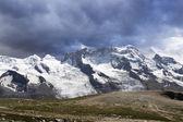 панорама горного ландшафта. швейцария — Стоковое фото