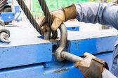 Fitting bolt anchor shackle with wire rope sling — Stock Photo