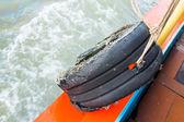 古いゴム製タイヤのバンパー — ストック写真