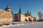 Northern Russian monastery in winter. — Stock Photo