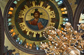 The dome painting and chandelier in the Greek Church. — Zdjęcie stockowe