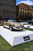 FLORENCE, ITALY - JUNE 15, 2014: Alfa Romeo Giulietta Spider Bertone — Stock Photo