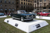 FLORENCE, ITALY - JUNE 15, 2014: Alfa Romeo 2000 Praho Touring — Stock Photo