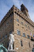Old Palace (Palazzo Vecchio) in Signoria Square, Florence (Italy) — Stock fotografie