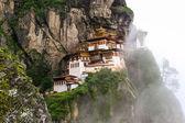 Mosteiro de taktsang palphug, butão — Foto Stock