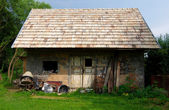 Old brick shanty — Stock Photo