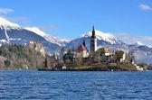 Lago alpino em bled, eslovénia — Fotografia Stock