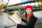 Happy tourist woman in Paris — Stock Photo