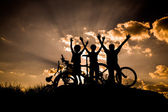 Active family cycling — Stock Photo