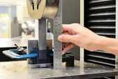 Measuring on the jig fixture shear stress specimen before test o — Stock Photo