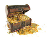 Coffer filled with grain and coins — Stock Photo