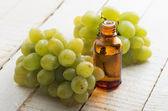 Grape seed oil — Stock Photo