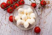 Mozzarella peyniri ve domates — Stok fotoğraf