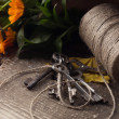 Old keys, twine, autumn flowers  — Stock Photo