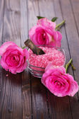 Sea salt with roses — Stok fotoğraf