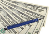 Ball point pen and cash — Stock Photo
