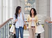 亚洲女性购物. — 图库照片