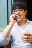 Человек на телефоне — Стоковое фото