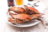 Gekookte krabben van de rock op een plaat — Stockfoto