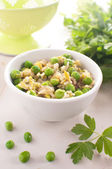 Brown rice risotto with green pesto — Stock Photo