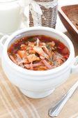 Sopa de verduras con remolacha, papas y repollo — Foto de Stock