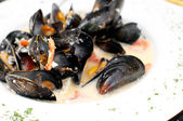 Ocean mussels dish cooked — Stock Photo