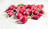 Fresh radishes raw from garden — Stock Photo