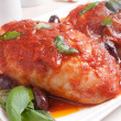������, ������: Chicken thighs with tomato sauce